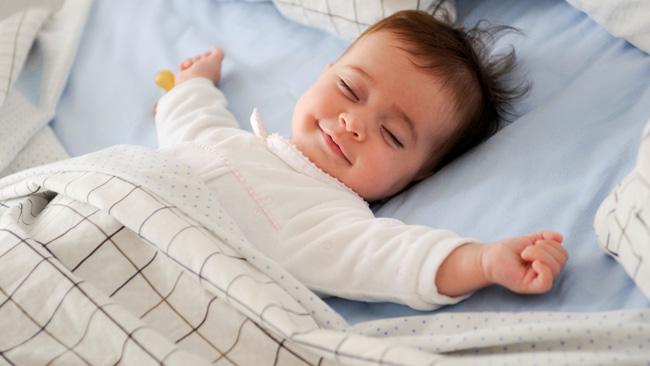 somnul nou născutului