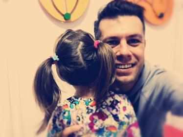 întâmplări de părinte – tăticii și codițele fetițelor :)