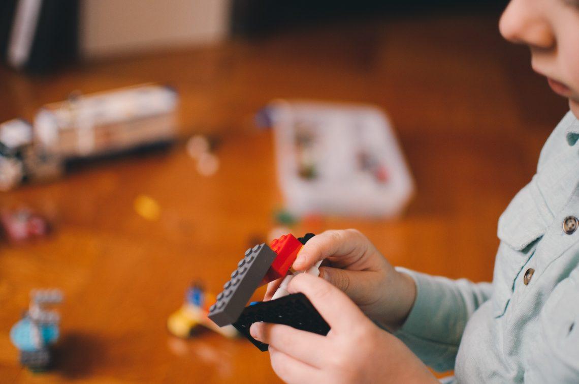 cum ne învățăm copiii să fie organizați by Diana Mihăilă