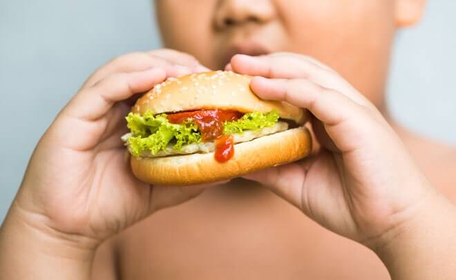 40% dintre copiii noștri sunt supraponderali